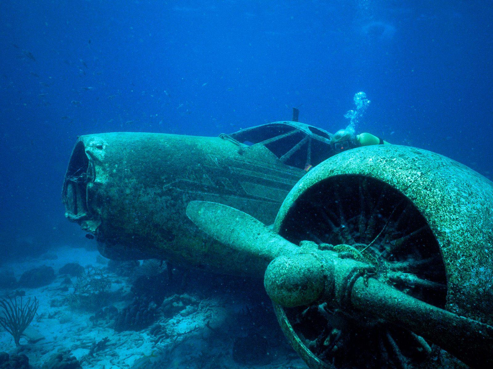 old air planes crashed underwater Desktop wallpapers underwater
